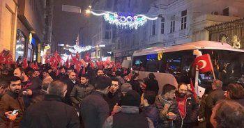 Hollanda elçilikleri giriş-çıkışlara kapatıldı