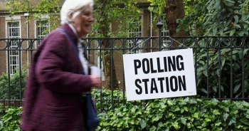 Kuzey İrlanda'da parlamento seçimi