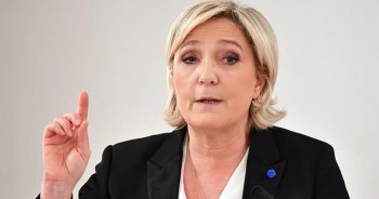 Le Pen'den AB'den ayrılma önerisi
