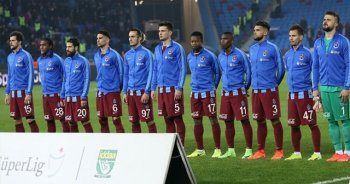 Trabzonspor Akhisar Belediyespor'u 3-1 yenmeyi başardı