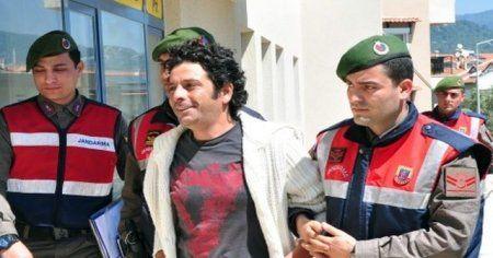Ünlü oyuncu Selim Erdoğan uyuşturucu ticaretinden tutuklandı
