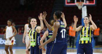 Kadınlar Basketbol Ligi play-off'da Fenerbahçe adını finale yazdırdı