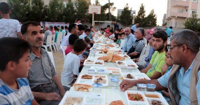 37 yıldır siren sesi ile iftar açıyorlar