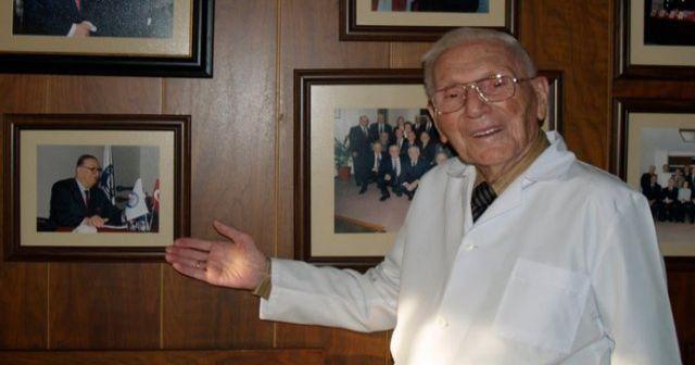 Dünyaca ünlü Türk hekimi Prof. Dr. Rıdvan Ege hayatını kaybetti
