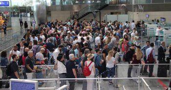 İstanbul havalimanlarını 2 ayda 16 milyon yolcu kullandı