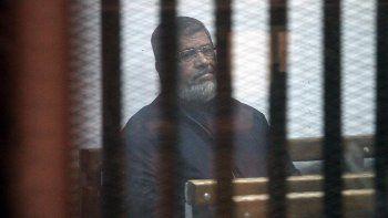 Mursi hapishanede iki defa baygınlık geçirdi