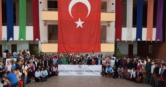 TÖMER Türkçe hazırlık kursları ilk mezunlarını verdi