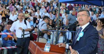 Başkan Akdoğan, Ömer Halisdemir Üniversitesinin mezuniyet törenine katıldı