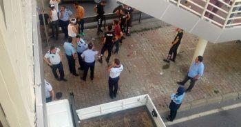 Cevizlibağ'da zabıta ve seyyar satıcı arasında arbede