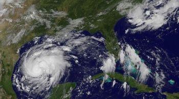 Harvey Kasırgası'nda en az 5 kişi öldü