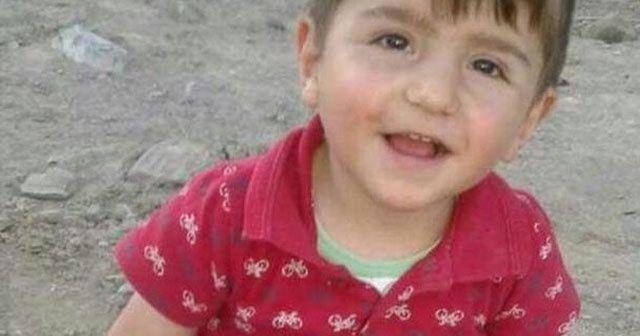 1.5 yaşındaki Enes, bayram şekerinden yaşamını yitirdi