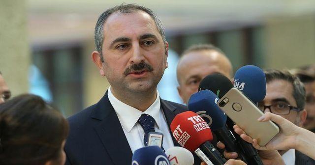 Bakan Gül: Hukuk açısından çok büyük bir skandal