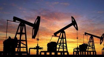 ABD'de beklenen kasırga öncesi petrol fiyatları düşüyor