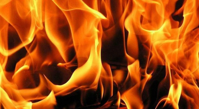 ABD'de mahkumlar yangın çıkardı: 2 ölü