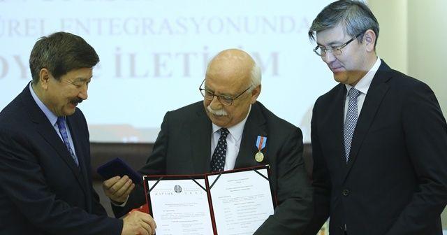Nabi Avcı'ya Kazakistan Üstün Hizmet Ödülü verildi