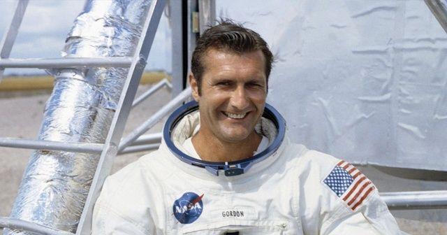 Ay'ın çevresinde uçan astronot Richard Gordon hayatını kaybetti!