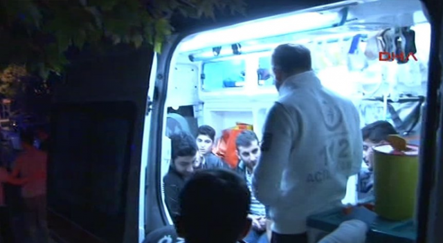 İstanbul'da 47 öğrenci hastaneye kaldırıldı!