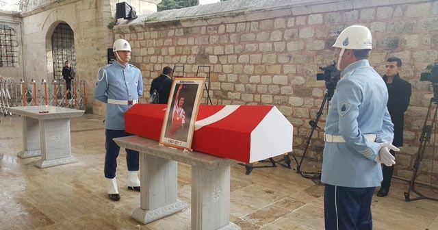 Millî gururumuz Süleymanoğlu, son yolculuğuna uğurlanıyor