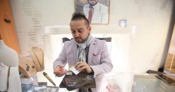 25 bin liralık mücevher çantası sahibini bekliyor