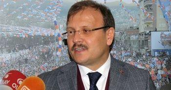 Hakan Çavuşoğlu'ndan Yunanistan'a geçmiş olsun telefonu