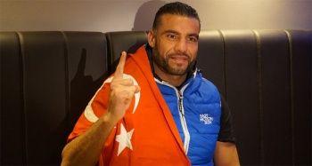 Suriyeli boksör kemerini Erdoğan'a takdim edecek