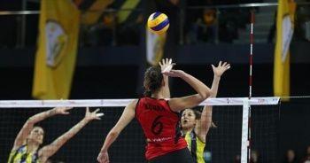 VakıfBank, Fenerbahçe'yi 3-1 mağlup etti