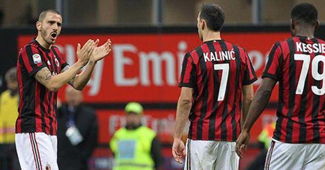 İtalya Kupası'nda derbiyi kazanan Milan yarı finalde