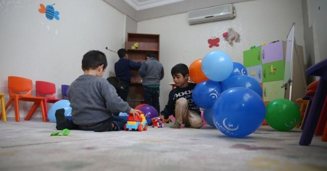 Suriyeli yetimlere 'sıcak yuva'