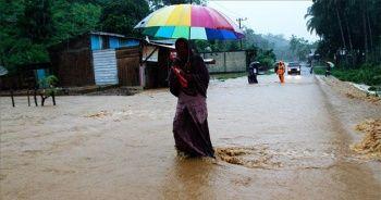 Endonezya'da 100 milyona yakın kişi sel ve heyelan riski altında