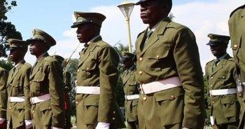 Uganda'da ordu parlamentoyu bastı