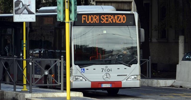 Roma'da toplu taşıma çalışanları greve gitti