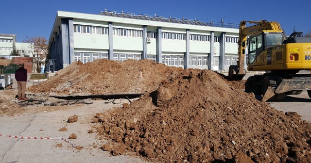SDÜ kampüsünde göçük: 1 ölü