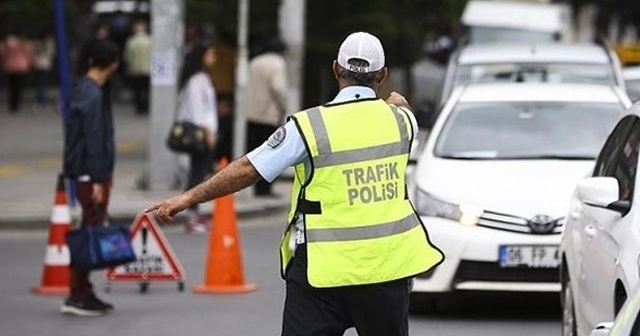 Trafik cezası nasıl ödenir sorgulama kredi kartı ile   Trafik cezası erken ödeme indirim var mı?