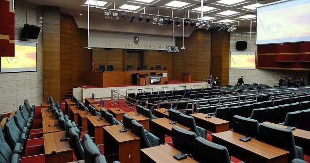 FETÖ'nün 'kadınlar il imamı'na 10 yıl hapis cezası verildi