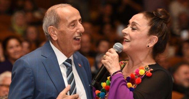 Türk halk müziği sanatçısı Mükerrer Kemertaş'a kanser teşhisi konuldu