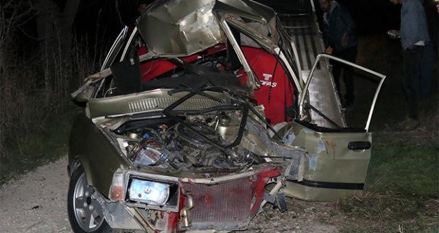 Burdur'da ehliyetsiz sürücü kaza yaptı: 1 ölü, 1 yaralı
