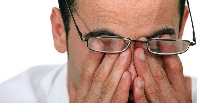 Uzmanlar uyarıyor! Göz tansiyonu yaşlı hastalığı değil