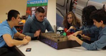 Liseli öğrenciler su tasarrufu yapan robot uygulama geliştirdi