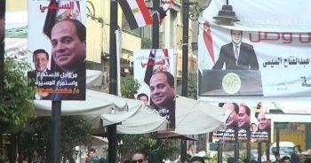 Mısır yeni cumhurbaşkanını seçmek için sandık başına gidiyor