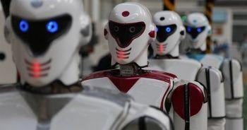 Türkiye'de üretildi: Kışla nöbetine talip robotlar