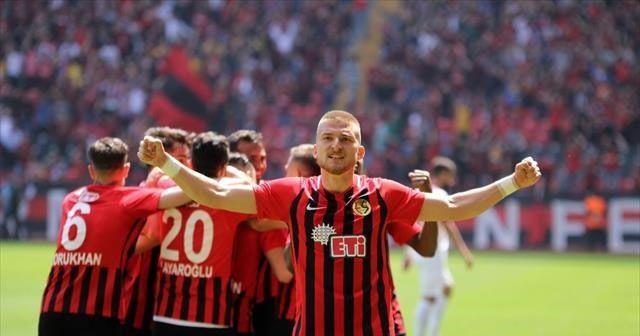 Eskişehirspor Samsunspor'a patladı