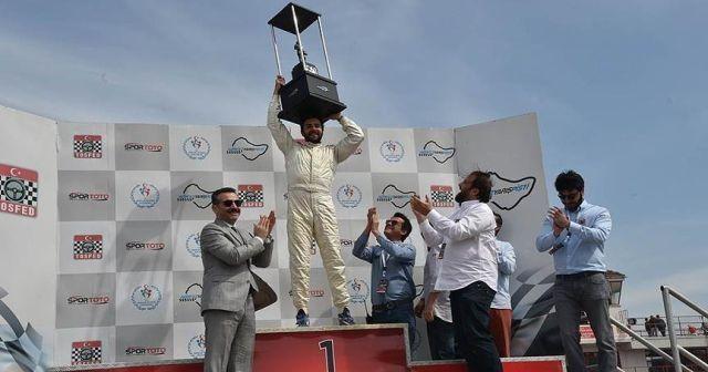 Otomobil sporlarında yılın en hızlısı Can Tolon