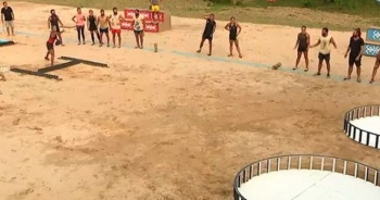 Survivor ödül oyununu kim kazandı hangi takım Ünlüler mi? Gönüllüler mi? Survivor 27 Nisan kazananı