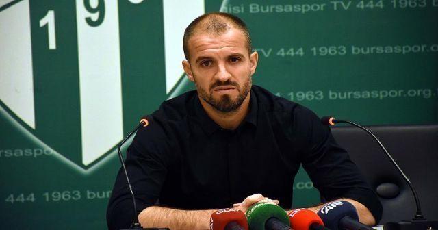 Bursaspor Futbol Direktörü Mustafa Er görevinden ayrıldı