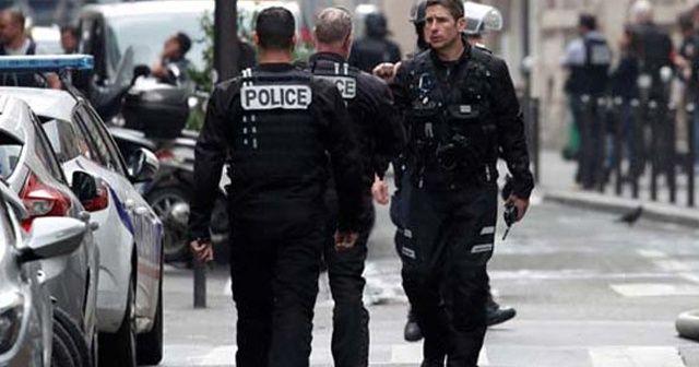 Paris'te rehine operasyonu
