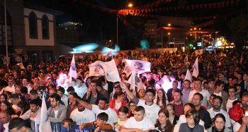 Afyon Belediyespor Basketbol takımı şampiyonluğu kutladı