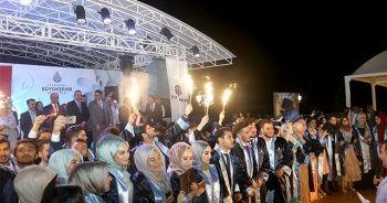 İhlas Koleji, mezunlarını coşkuyla uğurladı
