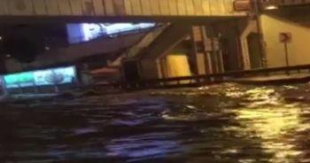 Kadıköy'de alt geçit göle döndü