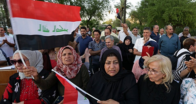 Irak'taki gösterilerde MGK acil toplandı, Bağdat'ta internet erişimi kesildi