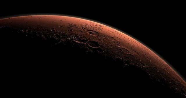 Mars, Dünya'ya en yakın konumda